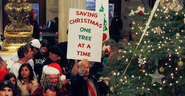 Rhode Island caroler flash mob ~ AP photo